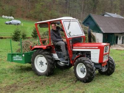 2014-04-27--Harald-Holzarbeit-Traktor--01