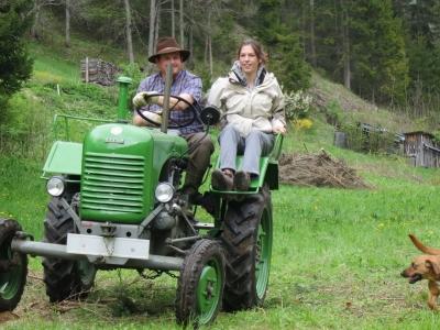2014-04-27--Harald-Holzarbeit-Traktor--12