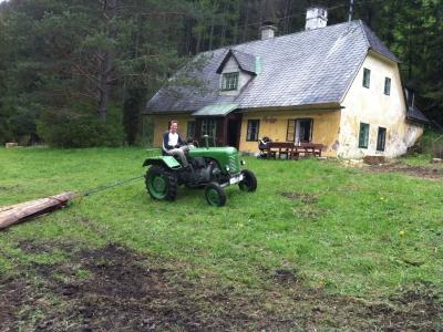 2014-04-27--Harald-Holzarbeit-Traktor--16