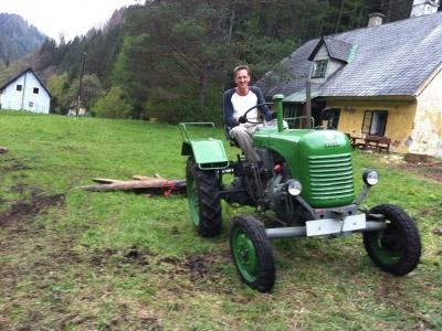 2014-04-27--Harald-Holzarbeit-Traktor--17